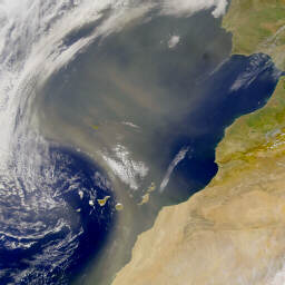 dust over the Sahara
